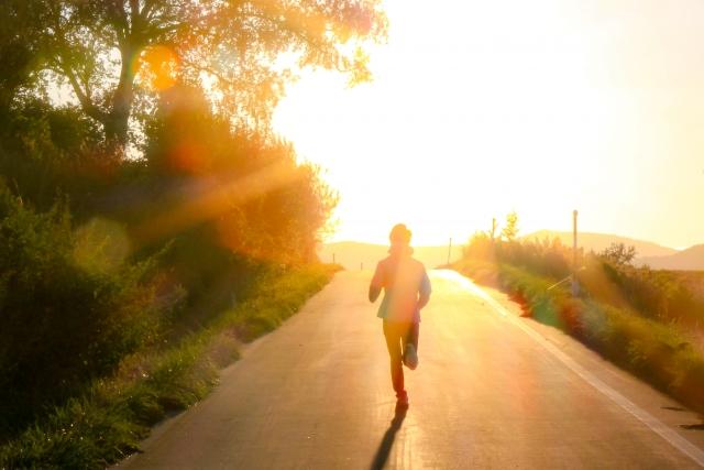 朝日とジョギング